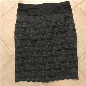 H&M Skirts - NWOT H&M lace pencil skirt size 10